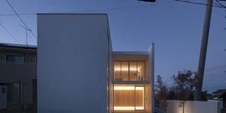 川口の白い家: SHSTTが手掛けた家です。