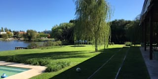 vistas para el alma: Jardines de estilo clásico por BAIRES GREEN