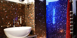 Baños de estilo moderno por STUDIOTALENT srl
