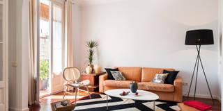 Salón: Salones de estilo moderno de Markham Stagers