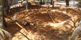 Fundação obra: Jardins rústicos por BAMBU CARBONO ZERO