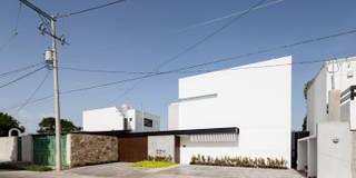 L: Casas de estilo moderno por P11 ARQUITECTOS