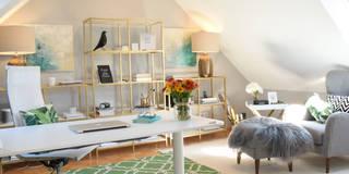 Home Office im eleganten tropischen Soft Glamour: tropische Arbeitszimmer von Homemate GmbH