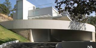 ACCESO: Casas de estilo moderno por NAME Arquitectos