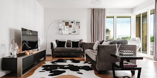 Living area-sitting zone: modern Living room by Katie Malik Interiors