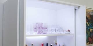 Rosewood: Salas de jantar modernas por ORCHIDS LOFT