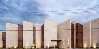 SALVATIERRA 150: Condominios de estilo  por P11 ARQUITECTOS
