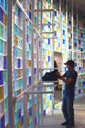 präsentationswand in einem modegeschäft:  Ladenflächen von     tritschler glasundform