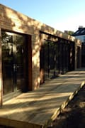 Maisons de style de style Moderne par Boutique Modern Ltd