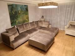 Schöner Wohnen: moderne Wohnzimmer von TRaumkonzepte Raumausstattung und Polsterei