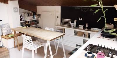 Zona pranzo: Sala da pranzo in stile in stile Moderno di Spazio 14 10 di Stella Passerini