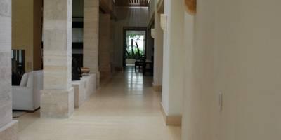 Espacios ARCA: Oficinas y tiendas de estilo  por Marmoles ARCA