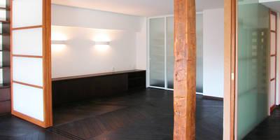 オーク材をつかってマンションリフォーム: ユミラ建築設計室が手掛けたです。