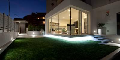 Giardino d'inverno RP: Giardino d'inverno in stile in stile Moderno di Laboratorio di Progettazione Claudio Criscione Design