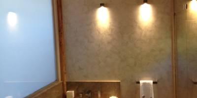 Chalet Atika: Salle de bain de style de style Moderne par RAINERI