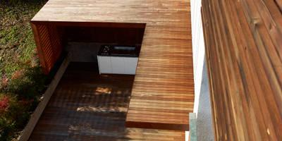 Terrazas de estilo  por Burnazzi  Feltrin  Architects