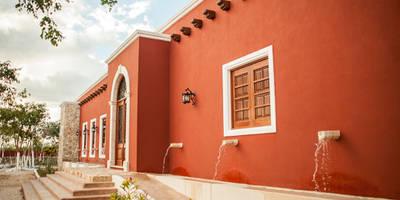 Jendela by Arturo Campos Arquitectos