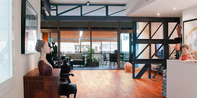 Loft de nueva creación: Salones de estilo minimalista de Torres Estudio Arquitectura Interior
