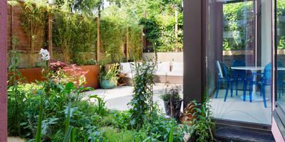 Green Retrofit, Lambourn Road: modern Garden by Granit Architects
