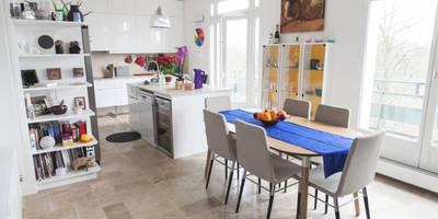 Salle à manger: Salle à manger de style de style Moderne par Lise Compain