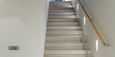 Лестница. Облицовка керамогранит.: Коридоры, прихожие, лестницы в . Автор – (DZ)M