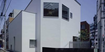ファサード: (有)菰田建築設計事務所が手掛けた家です。