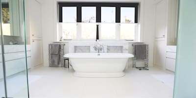 Drummonds Case Study: Tudor House, Roehampton: modern Bathroom by Drummonds
