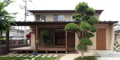 和の中心の家: 田中ナオミアトリエが手掛けた家です。
