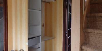 l'entrée avant avec toutes ses cloisons:  de style  par Emilie Bigorne, architecte d'intérieur CFAI