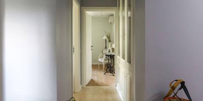 Квартира 61м2: Коридоры, прихожие, лестницы в . Автор – Tatiana Ivanova Design