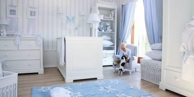 Klasyczny błękit w pokoju chłopca: styl , w kategorii  zaprojektowany przez Caramella