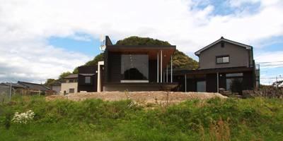 KBGN 国分ののびやかな平屋の家: 太田則宏建築事務所が手掛けた家です。