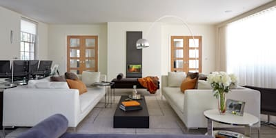 Living Room, Highwood, Berkshire: modern Living room by Concept Interior Design & Decoration Ltd