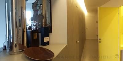 Pasillos, vestíbulos y escaleras de estilo  por Marcello Gavioli