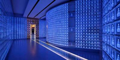 غرفة الميديا تنفيذ 藤村デザインスタジオ / FUJIMURA DESIGIN STUDIO