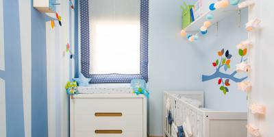 Después: Dormitorios infantiles de estilo ecléctico de RoomRoomBebé