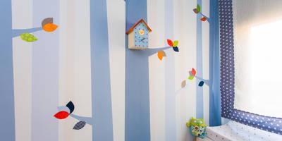 Arte mural en las habitaciones infantiles:  de estilo  de RoomRoomBebé