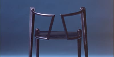 Wolf chair: Guen BERTHEAU-SUZUKI  Co.,Ltd.が手掛けたです。