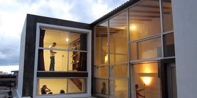 loft  H-11: Casas de estilo industrial por NonWarp