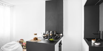 Cozinhas modernas por MIROarchitetti