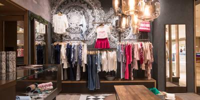 Geschäftsräume & Stores von Denise Barretto Arquitetura
