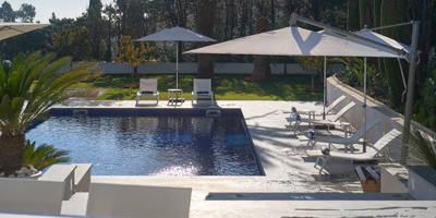 Super Cannes: modern Pool by TLA Studio