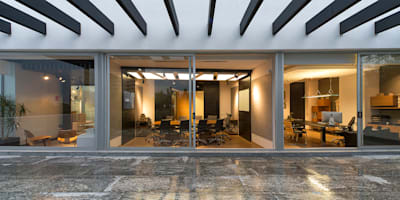 منازل تنفيذ Hansi Arquitectura
