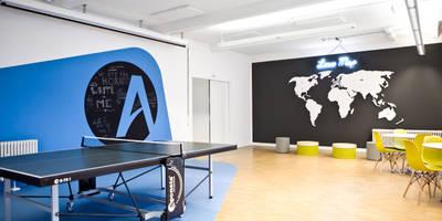 Sports Corner:  Bürogebäude von Sabine Oster Architektur & Innenarchitektur (Sabine Oster UG)