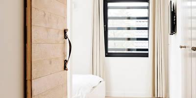 Eigentijdse slaapkamer: scandinavische Slaapkamer door Jolanda Knook interieurvormgeving