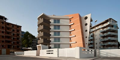 Palazzo Vertigo: Case in stile in stile Eclettico di Laboratorio di Progettazione Claudio Criscione Design