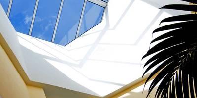 eclectic Walls & floors by Pierre Bernard Création