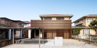 連子門の家: 田村の小さな設計事務所が手掛けた家です。
