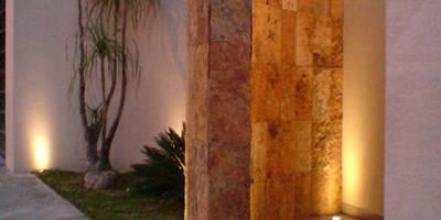 Bugambilias: Casas de estilo moderno por Arki3d
