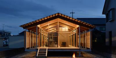 ヒュッテナナナ: 丸山晴之建築事務所が手掛けた家です。